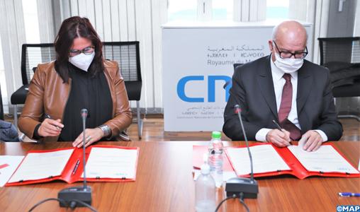 Signature à Rabat d'une convention de partenariat pour lutter contre la violence numérique