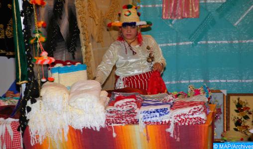 """Fermeture de Bab Sebta: Les contrats de travail pour les femmes touchées, """"un pas vers la résorption du chômage dans la région"""" (associations)"""