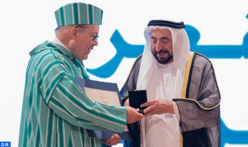 تكريم الشاعر المغربي إسماعيل زويريق في مهرجان الشارقة للشعر العربي