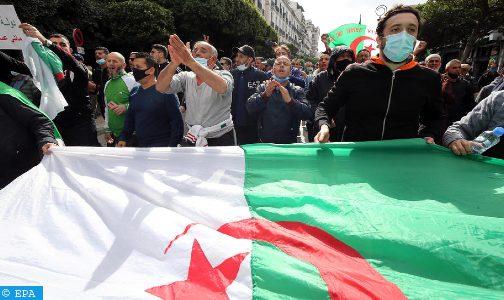 الجزائر.. سنتان حبسا نافذا في حق أحد نشطاء الحراك